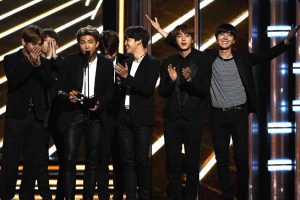BTS คว้ารางวัล BBMAs Happy
